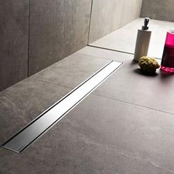 Линеен сифон – модерно отводняване с добавен стил в интериора