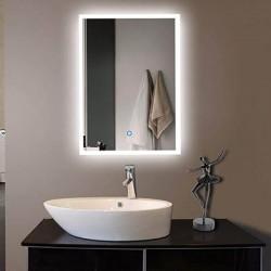 Качествата на модерните LED огледала за баня