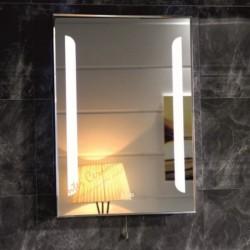 Огледало за баня с вградена LED светлина ICL 1591