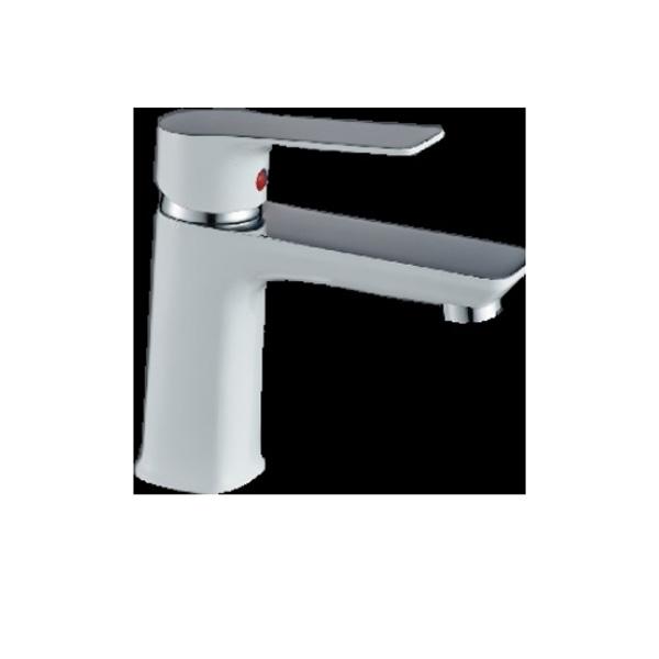 Стоящ месингов смесител за мивка от серията Хана на Inter Ceramic