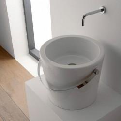 Уникална мивка във форма на кофа