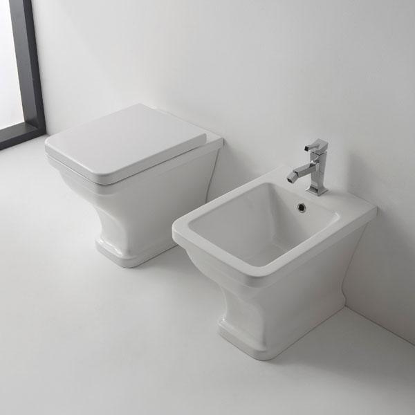 Тоалетна чиния стояща - уникален дизайн