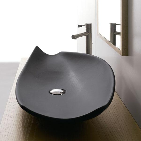 Мивка за баня в луксозен дизайн - големи размери
