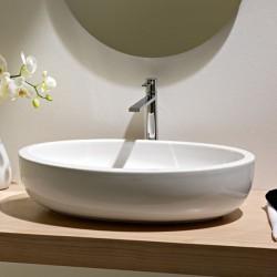 Широка овална мивка за баня