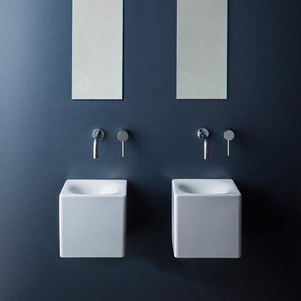 Мивка за баня - във форма на куб