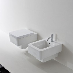 Супер луксозна конзолна тоалетна чиния
