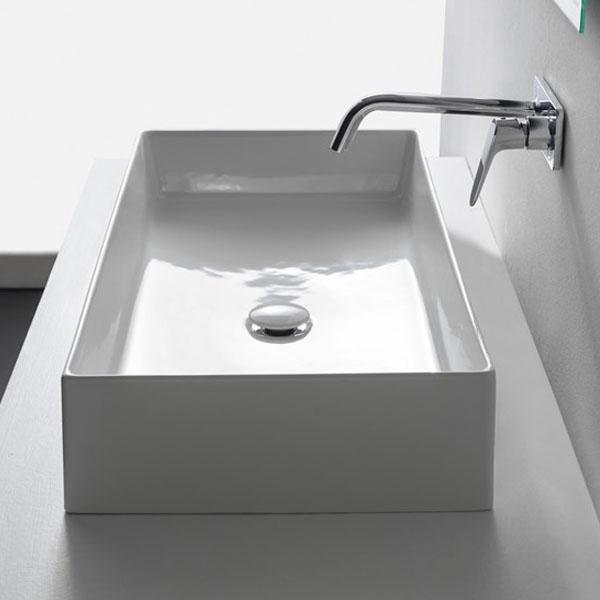 Мивка за баня в средни размери