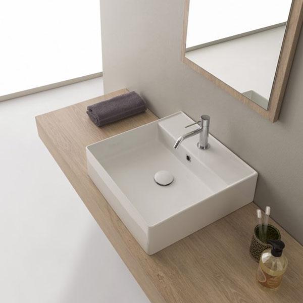 Умивалник за баня в компактен размер
