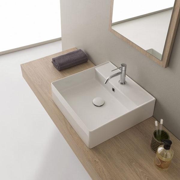 Стилна правоъгълна мивка за баня