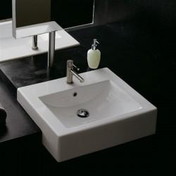 Мивка за баня за вграждане в плот