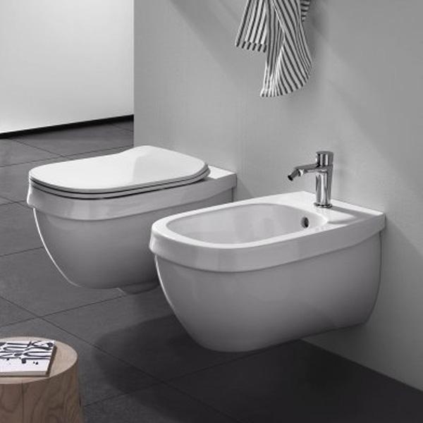 Окачена тоалетна чиния бял порцелан Hatria (Италия)